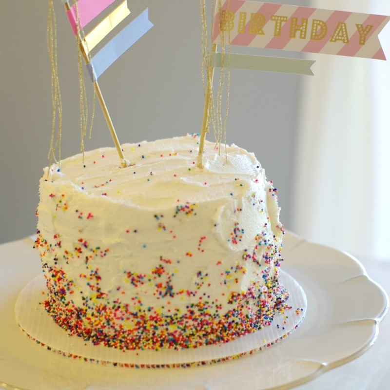 HOW TO THROW A FIRST BIRTHDAY PARTY THAT ALL AGES WILL ENJOY