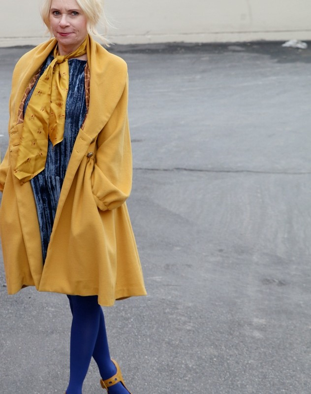HOW TO WEAR A LITTLE BLUE DRESS (IN WINTER)