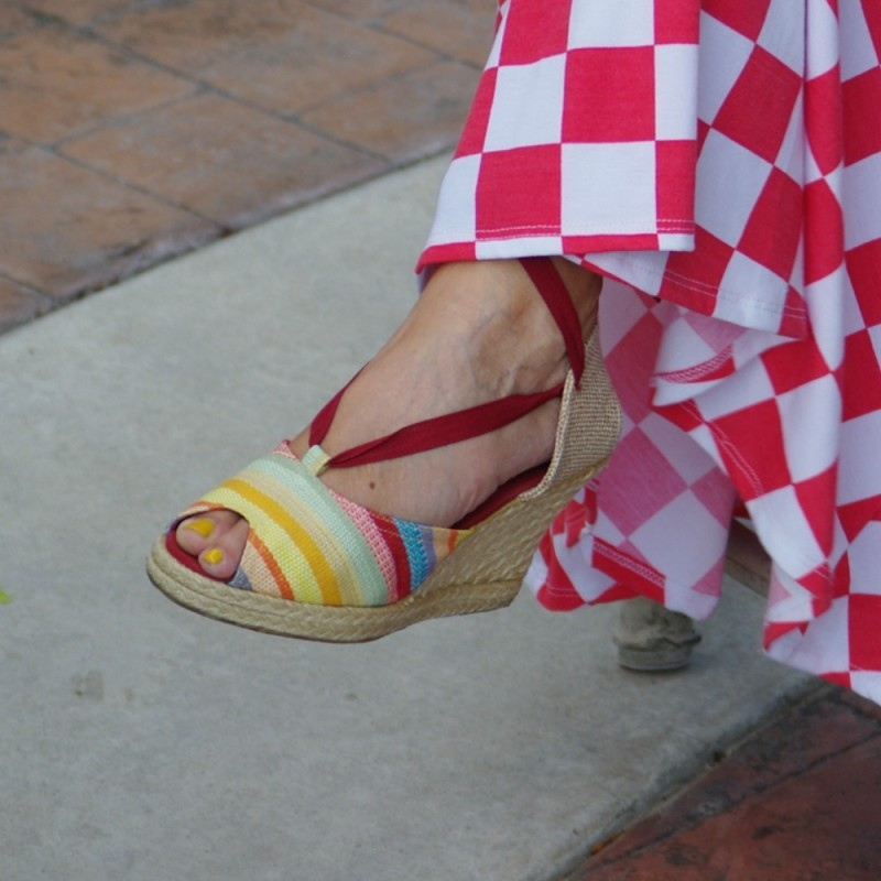 RED, WHITE . . . AND CHECKERED (THE PERFECT ITEM)