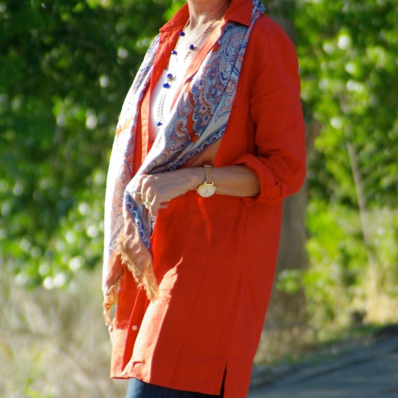 FALL STYLING WITH ORANGE AND BLUE