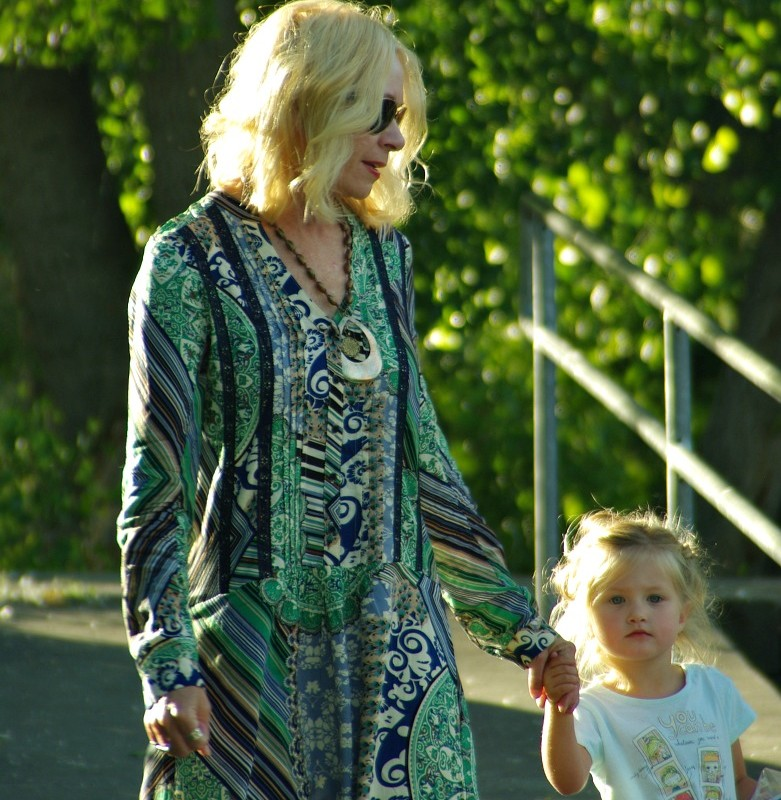 MONDAY'S WITH MOLLY-HOW TO ENJOY BEING A GRANDMA