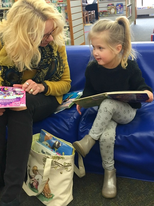 MONDAYS WITH MOLLY-A TRIP TO THE LIBRARY