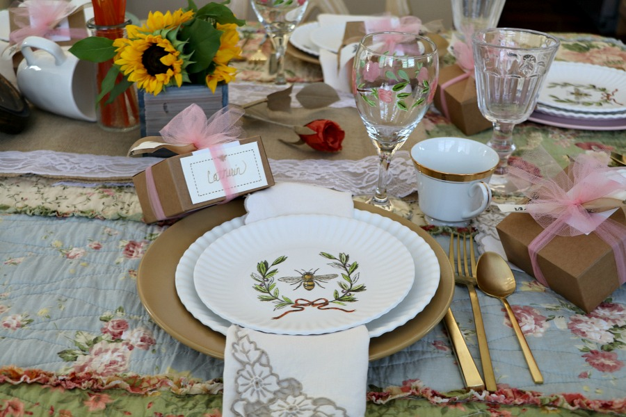 Each place setting had inidual gift boxes filled with homemade honey caramels (which I ordered from bees brothers) and tied with bee st&ed ribbons and ... & Bee\u201ding the hostess for a Bee Theme Tea Party